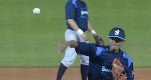 Alejandro Amézquita, lanzador guatemalteco, Liga de Beisbol Profesional Nacional