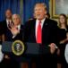 Trump analiza posibilidad de armar a maestros para frenar ataques en las escuelas