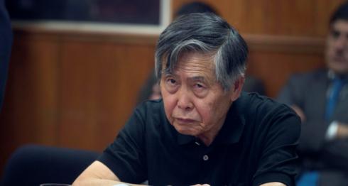 Alberto Fujimori en 2013, en juicio. LA PRENSA / AP