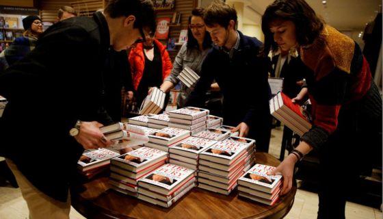 """Corea del Norte ha encontrado un buen material para atacar al presidente Donald Trump: el nuevo y explosivo libro de Michael Wolff, """"Fire and Fury"""". LA PRENSA/AP / Alastair Grant, Archivo"""