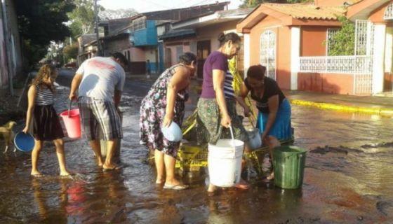 Tubería de agua, agua potable