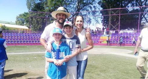 Juan Diego Holmann, Beisbol infantil