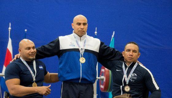 Fernando Acevedo ha ganado oro en los Juegos Paracentroamericanos en dos diferentes divisiones. LA PRENSA/URIEL MOLINA