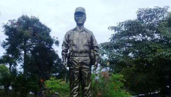 Este es el monumento del Comandante 3-80 que fue destruido en Waslala.