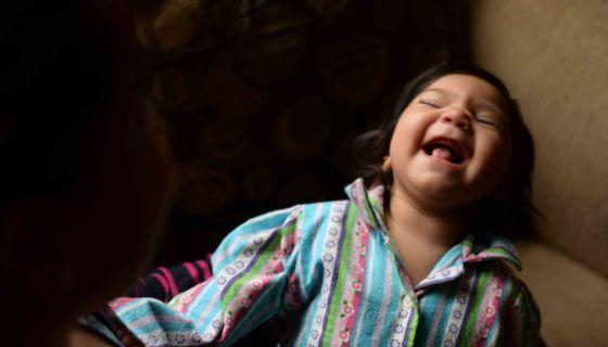 Además de padecer microcefalia la bebé de Marianela Caldera tienen problemas en vista y padece de hipertonía muscular. LA PRENSA/ ÓSCAR NAVARRETE
