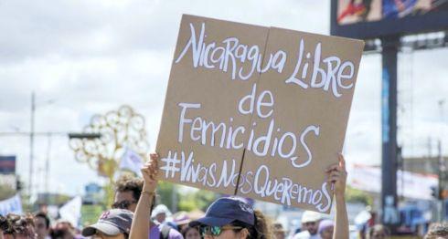 Organizaciones feministas se han manifestado ante la ola de femicidios que el año pasado dejó 63 víctimas en Nicaragua. Sin embargo, no han recibido una respuesta por parte del Estado. LA PRENSA/EFE