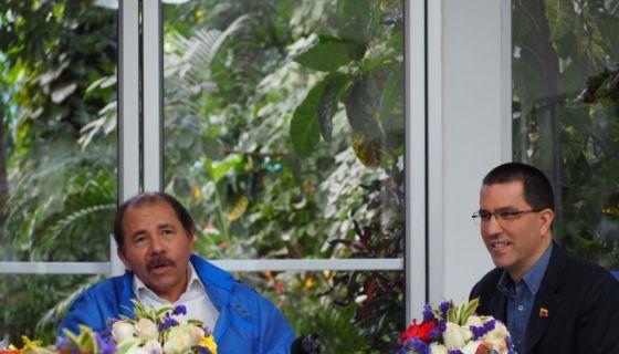 canciller Jorge Arreaza, Daniel Ortega, Estados Unidos, Nicolás Maduro, cierra fila