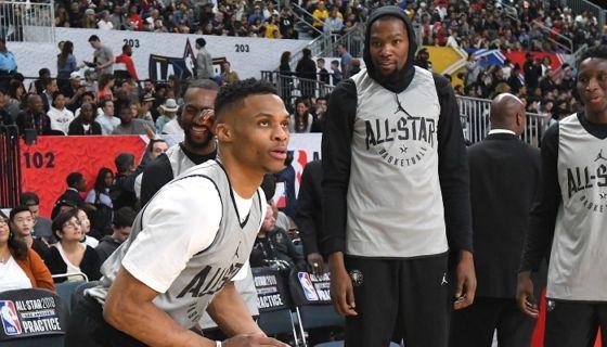 Los seleccionados al Juego de Estrellas de la NBA tuvieron práctica este sábado, previo al duelo de esta noche. LA PRENSA/Jayne Kamin-Oncea/Getty Images/AFP