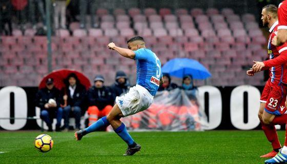 El brasileño Allan anotó el gol que le dio la victoria al Nápoles en la jornada de este domingo de la Serie A. LA PRENSA/AFP/TIZIANA FABI