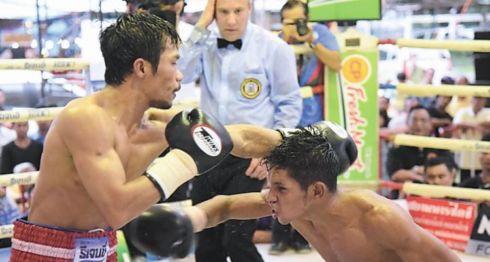 Byron Rojas volverá a enfrentar a Knockout CP Freshmart en Tailandia, con la intención de recuperar el cetro de las 105 libras que este le arrebató. LAPRENSA/CORTESÍA
