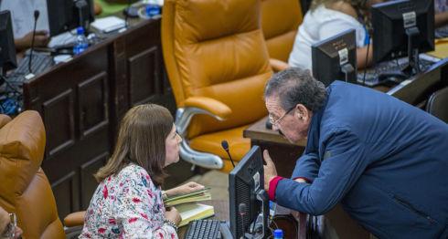 Jacinto Suárez, críticas, Transparencia Internacional, corrupto