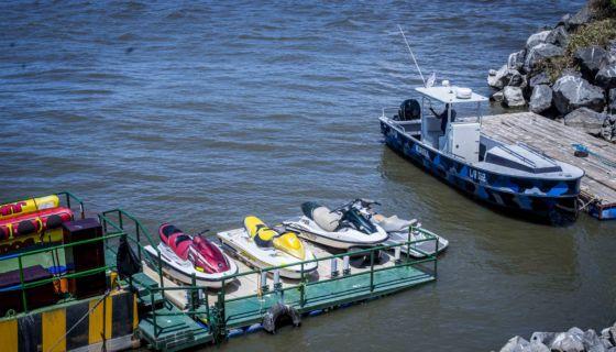 Puerto Salvador Allende, motos acuáticas
