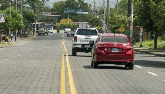 Pista Juan Pablo II, tráfico, paso desnivel, construcción de carreteras