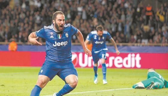 Gonzalo Higuaín volvió a ser llamado para amistosos de Argentina. LA PRENSA/ARCHIVO/AP/Claude Paris