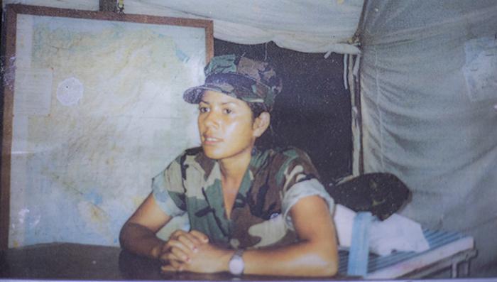 Lucila Galeano, conocida por el seudónimo de Irma, ingresó a La Contra en 1981 cuando tenía 14 años. Esta foto fue tomada cuando tenía 16 años. LA PRENSA/ CORTESÍA