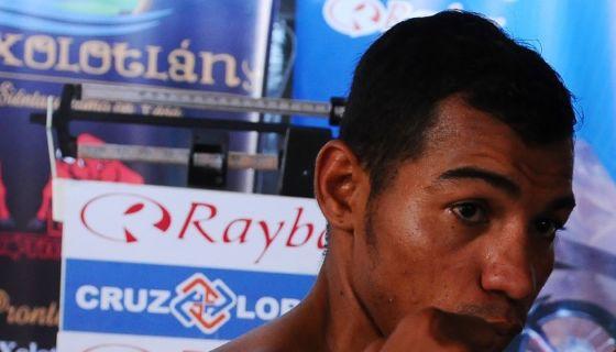 Camilo Mendoza perdió su primera pelea fuera del país. LA PRENSA/ARCHIVO/LISSA VILLAGRA