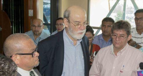 Rafael Solis,Magistrados de la CSJ y Diputados ,en Consulta