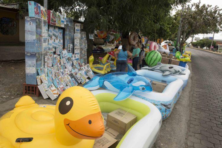 Piscinas disparan el consumo de agua en la poca de verano for Hablemos de piscinas