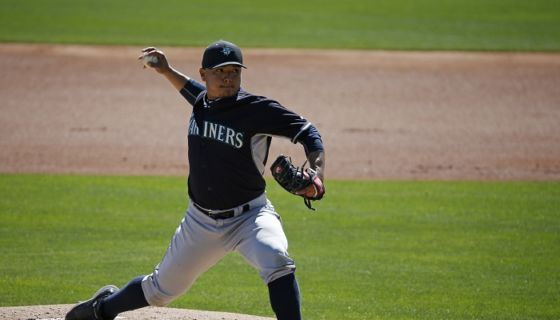 Erasmo Ramírez se recupera de una lesión en el torso, sufrida al inicio de los entrenamientos primaverales. LA PRENSA/AP/John Locher