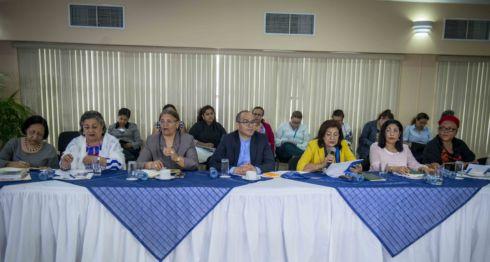 violencia, familias, consulta, reformas, Comisión de la Mujer, redes sociales