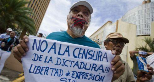 Protesta contra la censura a la libertad de expresión en Nicaragua