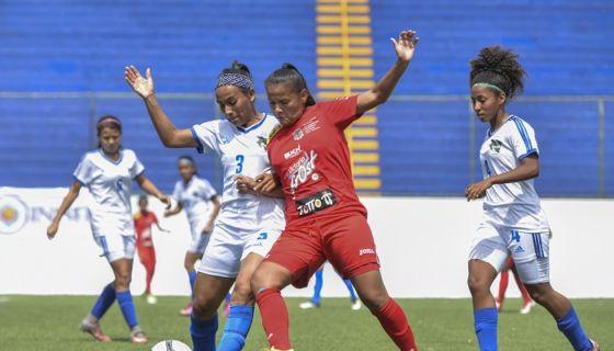 La UNAN empató sin goles con Águilas, en la jornada del domingo del futbol femenino nicaragüense. LA PRENSA/WILMER LÓPEZ