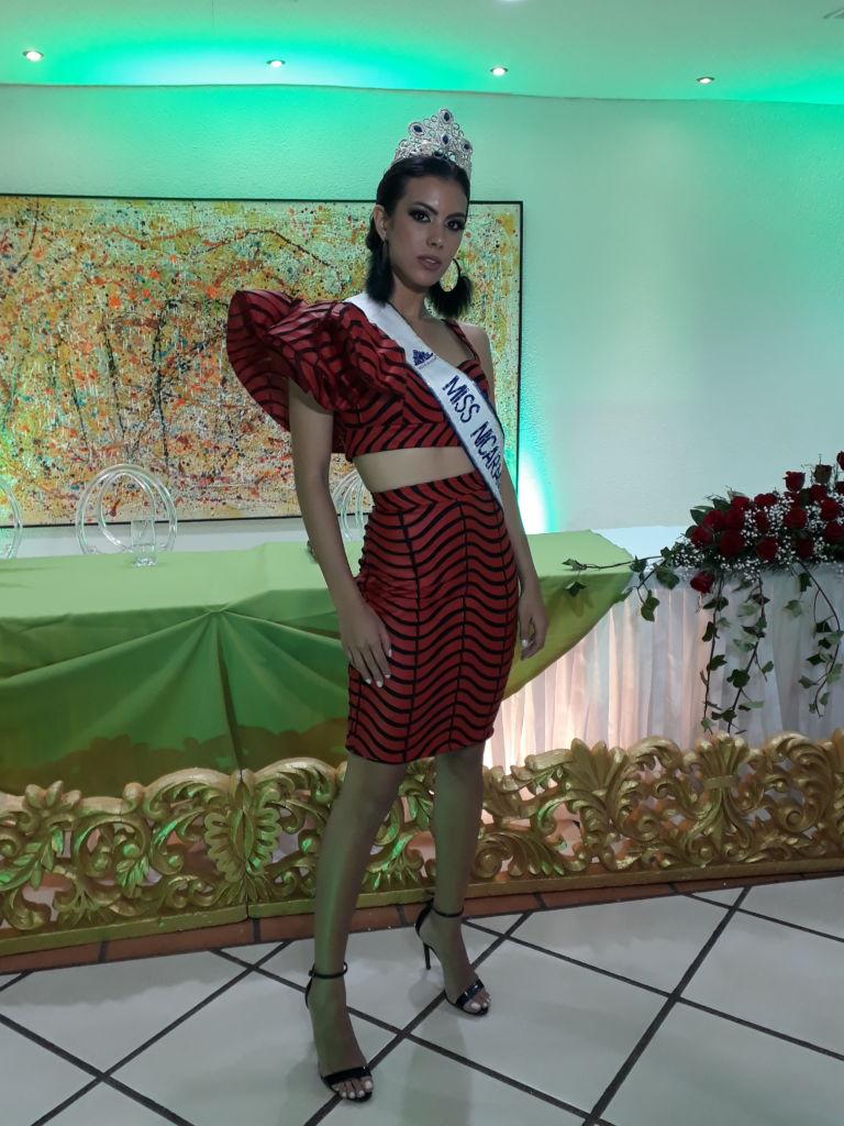 Así estuvo el cóctel de bienvenida de Adriana Paniagua, Miss Nicaragua 2018, en Chinandega 20180407_2223281-e1523209648339-768x1024