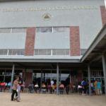 La crisis sociopolítica asfixia a los nicaragüenses. Endeudados, pierden casas, carros y sus salarios