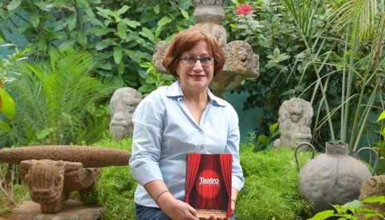 La dramaturga Gloria Elena Espinoza estrena su nuevo libro Teatro reunido, una edición de la Academia Nicaragüense de la Lengua (ANL). LA PRENSA/Cortesía
