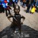 La famosa estatua de la niña sin miedo se moverá al frente de la Bolsa de Nueva York