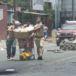 Pobladores señalan a turbas orteguistas de saquear negocios en Managua