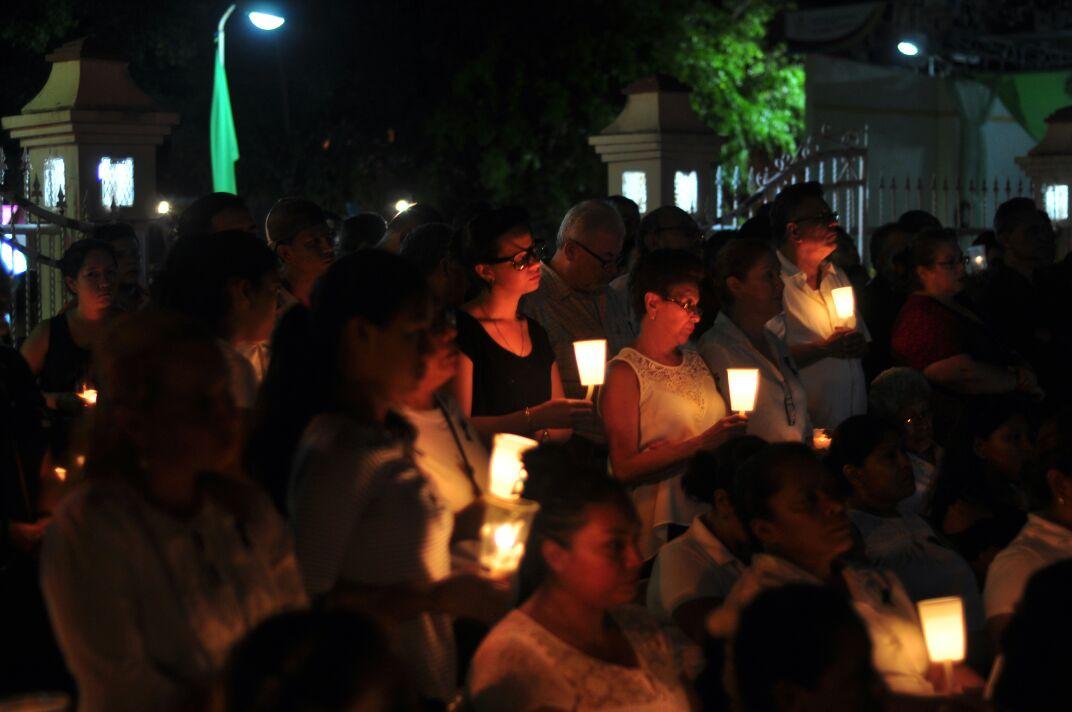 Resultado de imagen para imagenes de la marcha de panico y terror en nicaragua