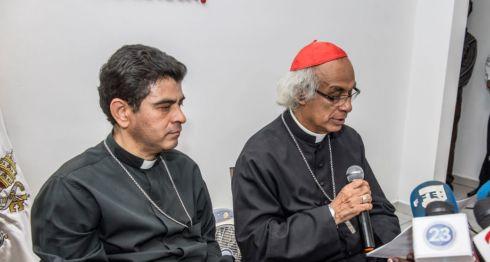 El cardenal Leopoldo Brenes, arzobispo de Managua, cuando daba a conocer que el Episcopado será mediador y testigo del diálogo. LA PRENSA/ÓSCAR NAVARRETE