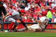 Alex Blandino fue títular de la tercera base y bateo como octavo en la alineación de los Rojos de Cincinnati. LA PRENSA/Dilip Vishwanat/Getty Images/AFP