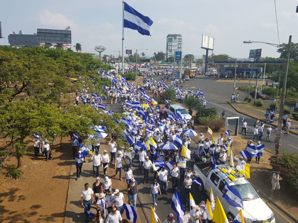Miles de nicaragüenses peregrinan a la Catedral Metropolitana de Managua. LA PRENSA / Eduardo Enríquez