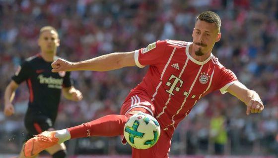 Sandro Wagner guió a la ofensiva del Bayern de Múnich, en el triunfo frente al Eintracht. LA PRENSA/AFP/Guenter SCHIFFMANN