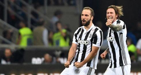 Gonzalo Higuaín marcó el gol de la diferencia y del triunfo del Bayern de Múnich. LA PRENSA/EFE/EPA/DANIEL DAL ZENNARO