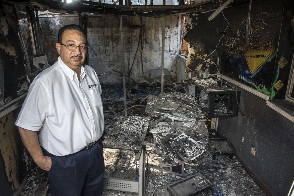 Aníbal Toruño, director de Radio Darío, asegura que el incendió dejó unos 450 mil dólares en daños. LA PRENSA/ Óscar Navarrete