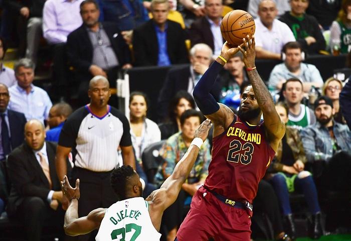 LeBron James es nuevamente un fuerte candidato a ganar el premio a Jugador Más Valioso de la NBA. LA PRENSA/Billie Weiss/Getty Images/AFP