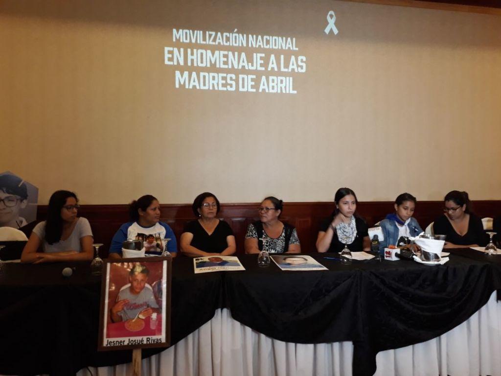 El Movimiento Madres de Abril en una conferencia de Prensa brindada la mañana de este jueves. LAPRENSA/IVETTE MUNGUIA