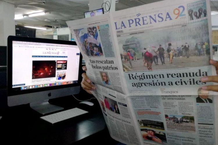 Los lectores del diario LA PRENSA ahora recibirán menos páginas como parte de un proceso de reajustes. LA PRENSA/MARIO RUEDA