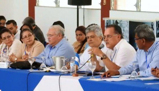 Leonardo Torres, presidente de Conimipyme, durante su participación en el diálogo nacional. LA PRENSA/ CORTESÍA CEN