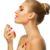 Perfume: te decimos cuánto y cómo aplicarlo