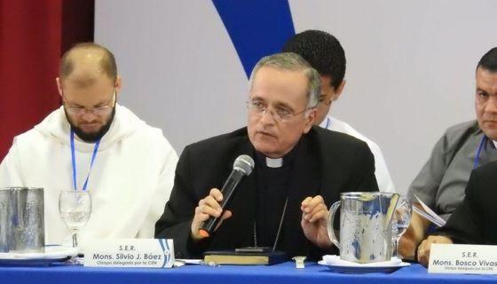 SIlvio Báez