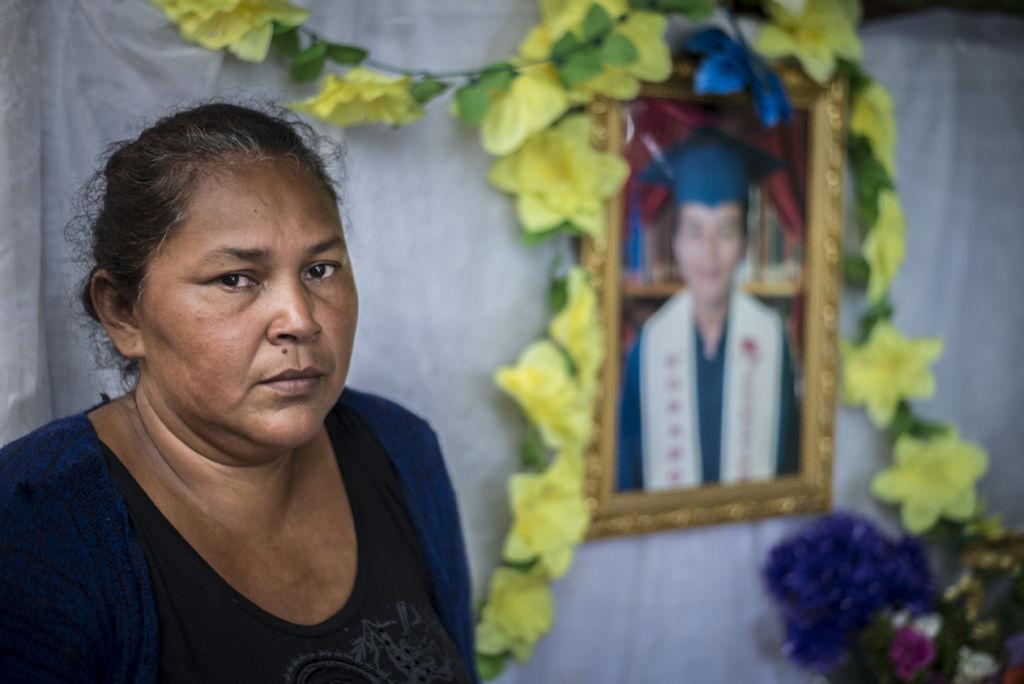 Doña Aura Lila, 45 años, madre de Junior Gaitán. LA PRENSA / Óscar Navarrete
