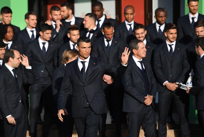 Cristiano Ronaldo acaparó la atención a la llega a la selección de Portugal a Rusia, para su participación en el Mundial de Fúbol. LA PRENSA/AFP / Francisco LEONG