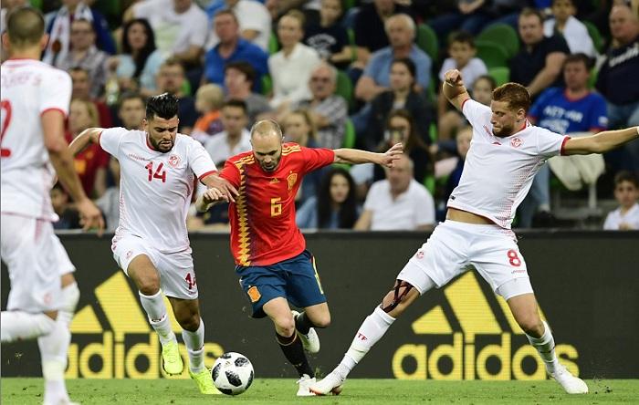 España ganó con dificultades su último partido amistoso previo al inicio del Mundial de Rusia 2018, que se pondrá en marcha el venidero jueves en la capital rusa, Moscú. LA PRENSA/AFP/PIERRE-PHILIPPE MARCOU
