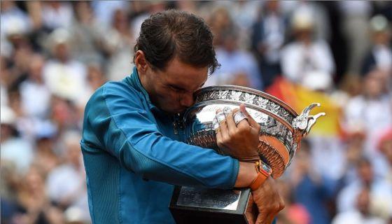 El español Rafael Nadal derrotó al austríaco Dominic Thiem en la final del Roland Garros. LA PRENSA/AFP / Christophe ARCHAMBAULT