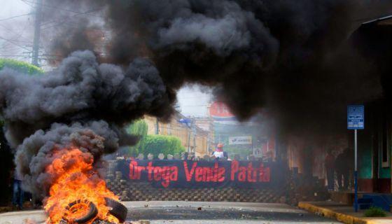 La represión orteguista dejó al menos a seis personas muertas e hirieron a más de 35 en Masaya. LA PRENSA/ MANUEL ESQUIVEL