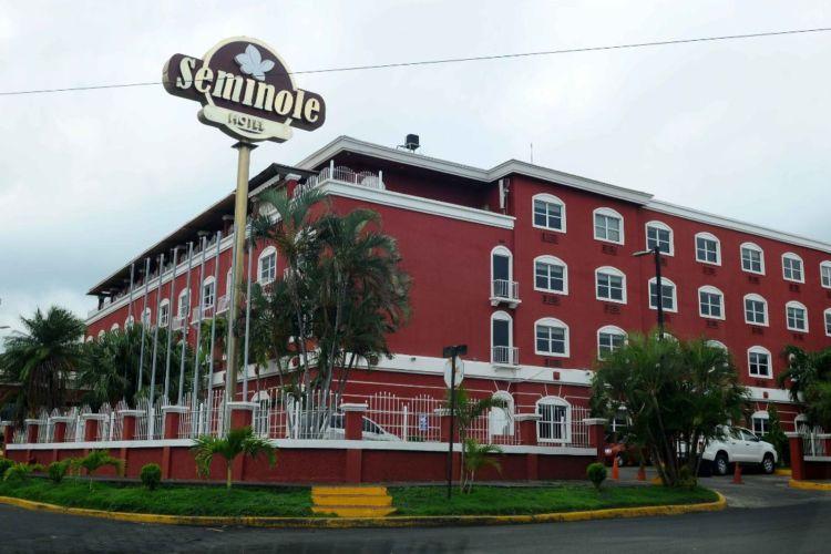 Hotel Seminole cierra operaciones desde el pasado 15 de junio. LA PRENSA/ ROBERTO FONSECA